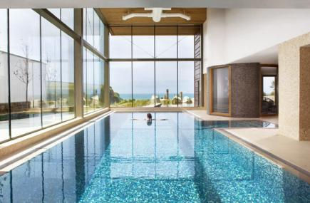 Spa-indoor-pool-with-talent.jpg